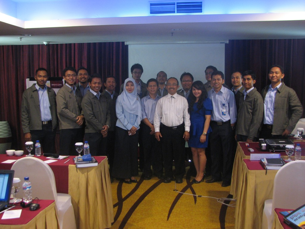 IHT PIPESTRESS ANALYSIS USING CAESAR II SOFTWARE PT. PGN SBU II 3-7 SEPT 2012